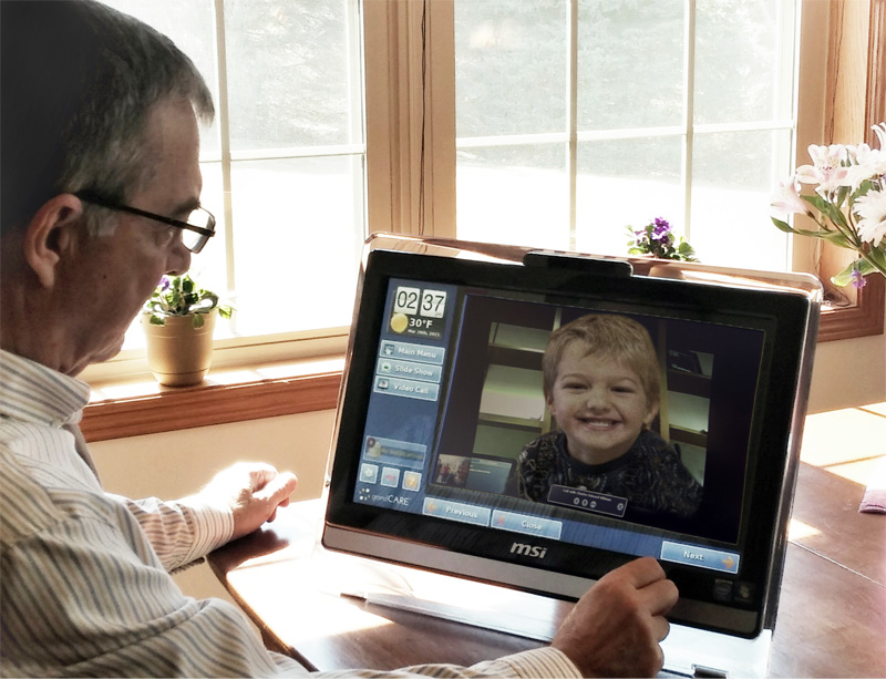 Video calling device for elderly